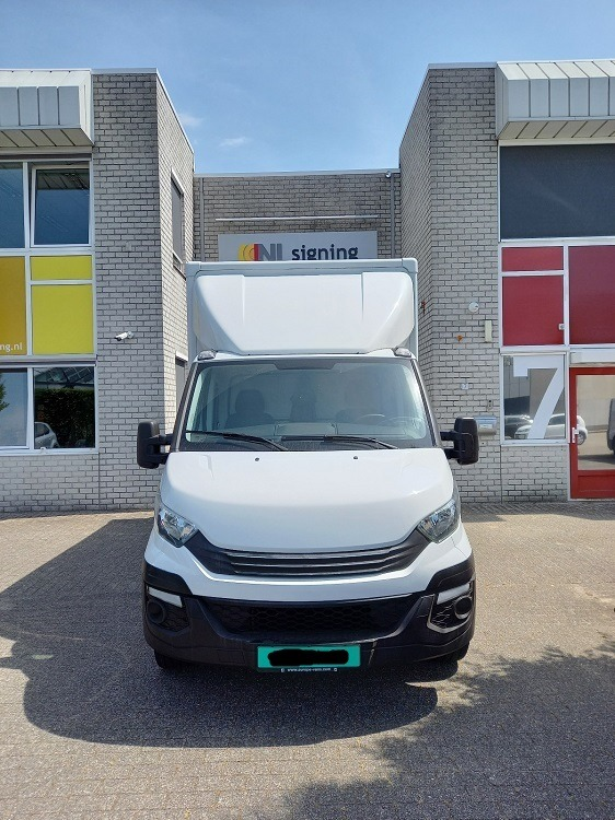 witte iveco bus